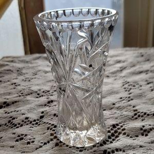 Vintage Accents - Mini Vase!